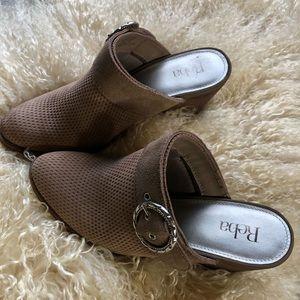 Reba Kaelyn Tan Suede Mules  Size 9.5     S/B 2